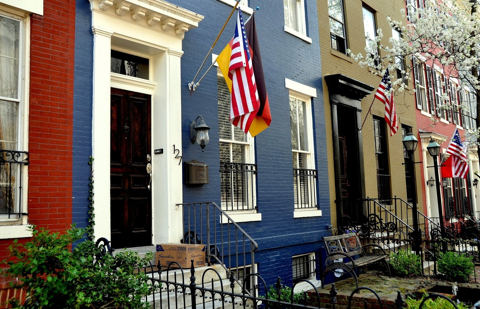 How To Mount A Flag On Your Old Brick Home