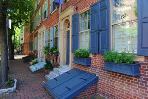 window-boxes-add-curb-appeal-to-historic-brick-homes-renaissance-development-dc