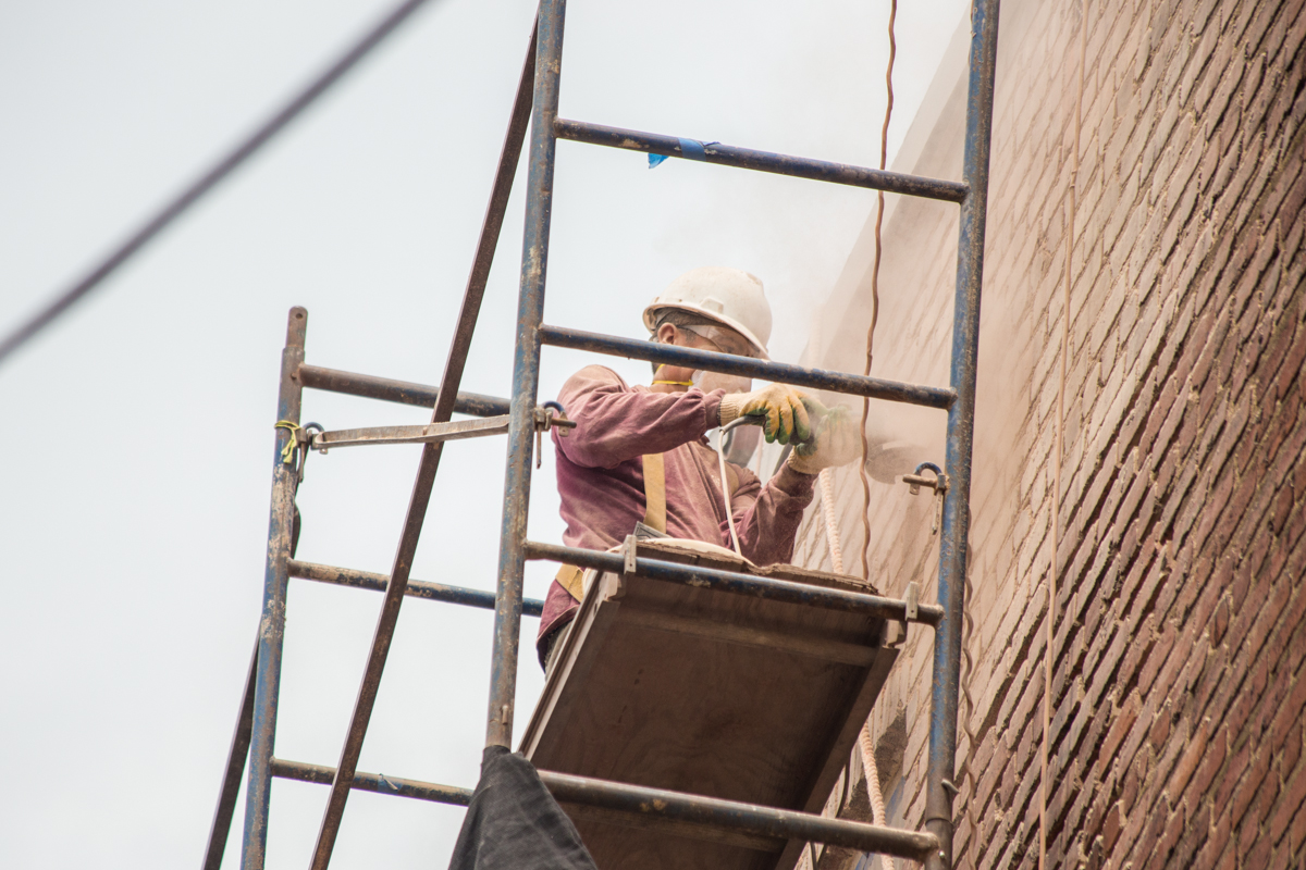 grinding-old-mortar-tuckpointing-renaissance-development-dc